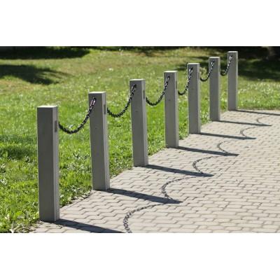 słupek betonowy parkowy